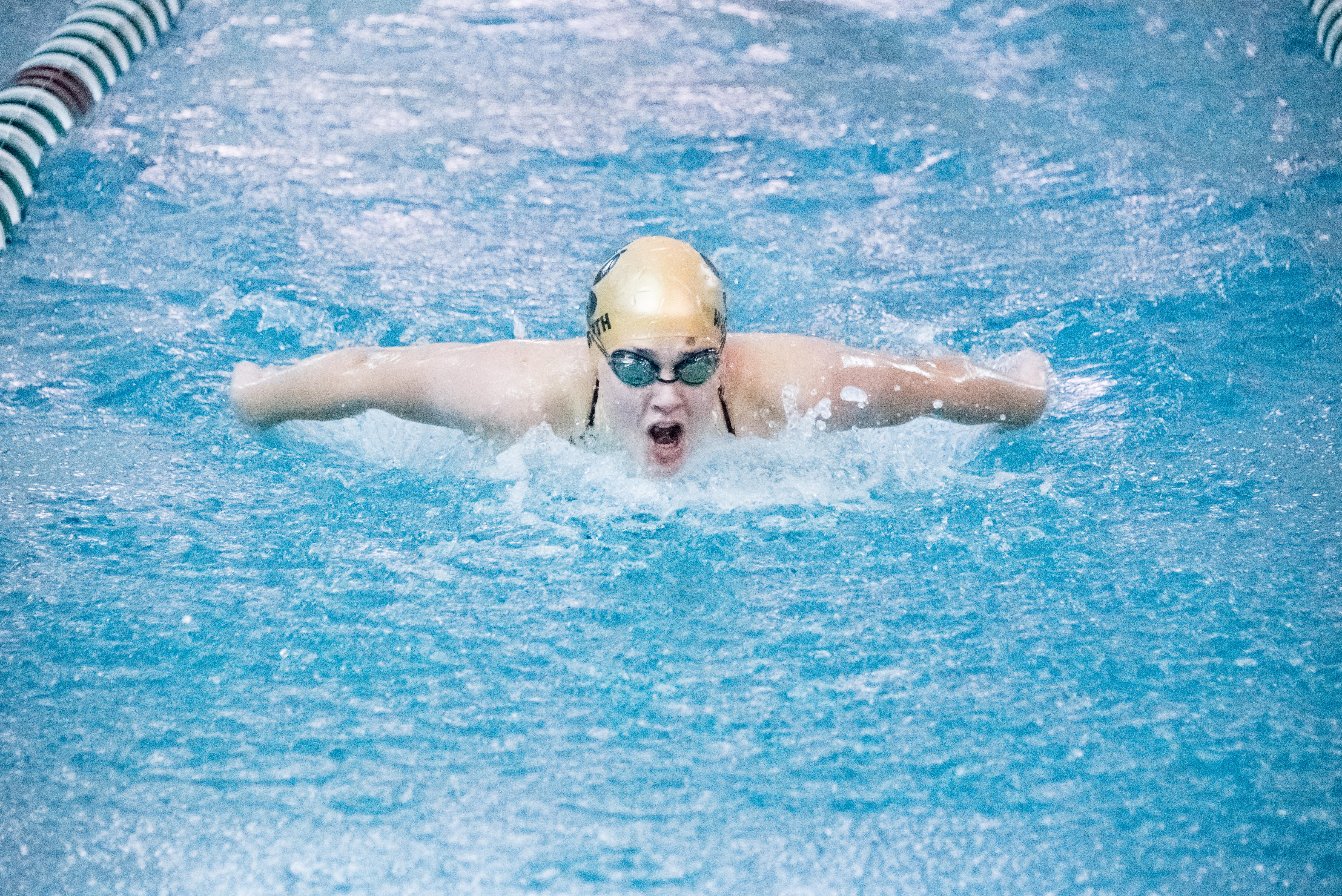 Hannah-Wasmuth_Swimming.jpg